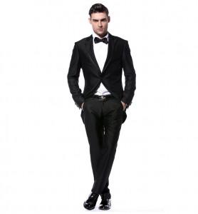 kostiumų kainos